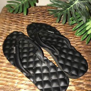 Reef Cushioned Flip Flop Size 8